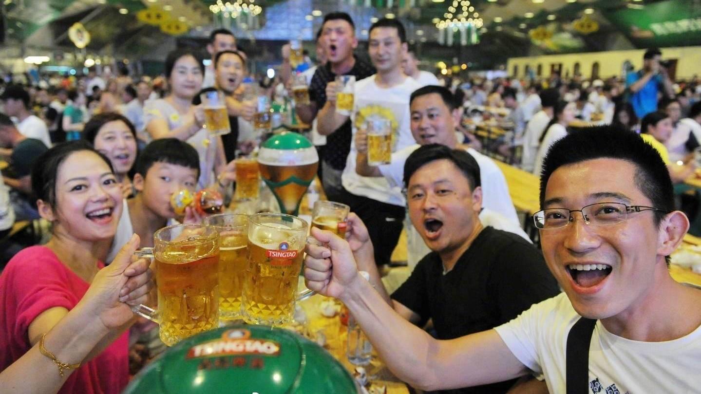 第27届青岛国际啤酒节开幕 吃喝玩乐全知道