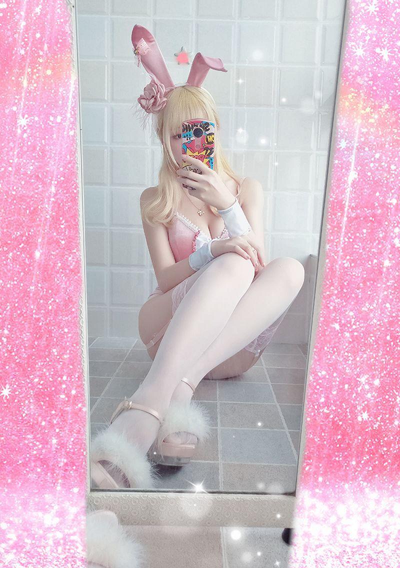 小姐姐星之迟迟COSPLAY粉红泡泡包兔女郎写真 在线区
