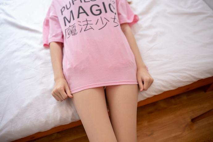 风之领域细腿魔法少女