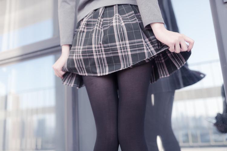 黑丝短裙小可爱
