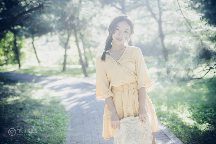 雅拉伊-超清纯小姐姐梦幻写真 中日妹子