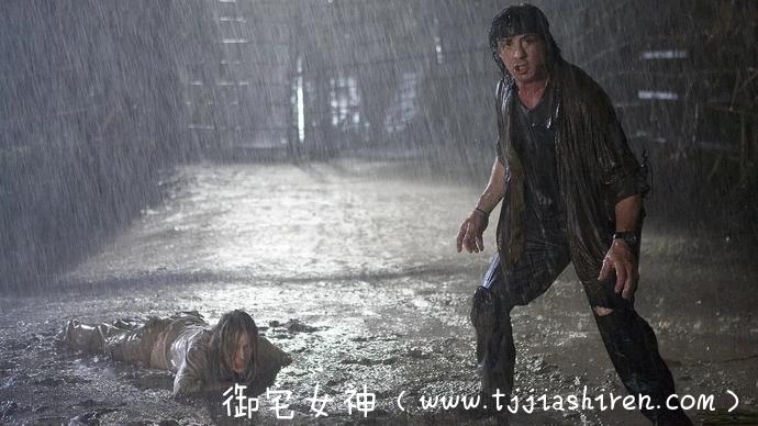 真男人就该看《第一滴血4》肉搏是男人的浪漫