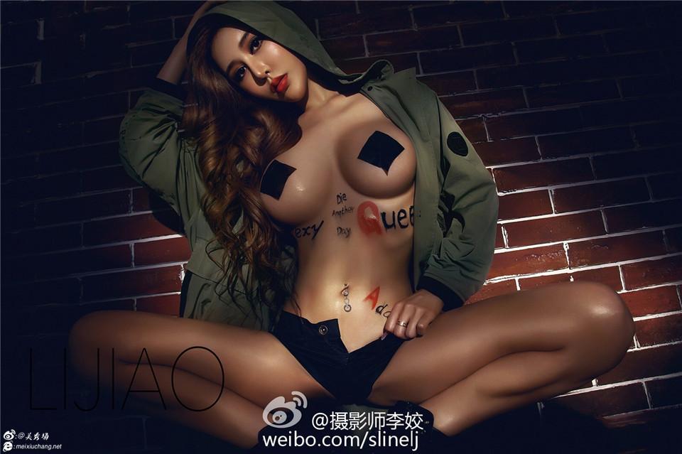 电影明星黛欣霓2015.5.23李姣摄影:方块乳贴军绿风衣打造sexyqueen