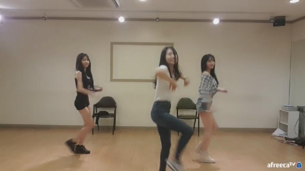 韩敏英赵世熙20180727舞蹈室1