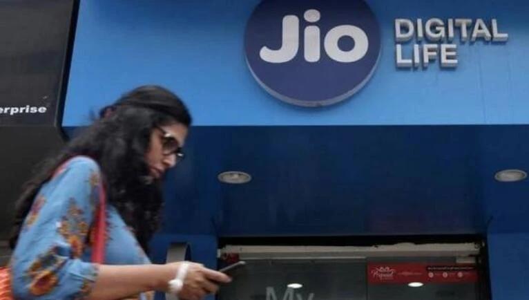 JIO在印度电信市场搞低价有多狠,杀得对手慌了