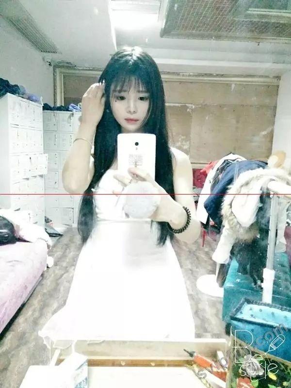 http://tva1.sinaimg.cn/large/0060lm7Tly1fmbslj2ulqj30go0m8di3.jpg