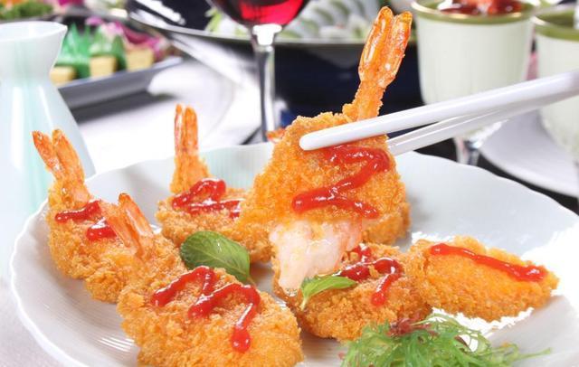 香辣虾仁、清蒸虾、椒盐虾、油焖虾、虾滑、黄金蝴蝶虾,各种虾的做法,让你一次吃个够