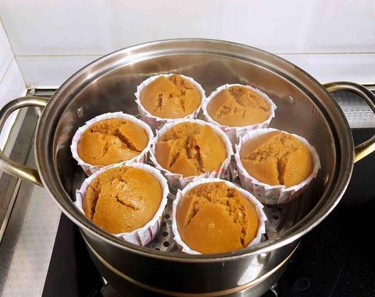 酸奶蛋糕、蒸蛋糕、海绵蛋糕、蜂蜜蛋糕、巧克力蛋糕的简单做法