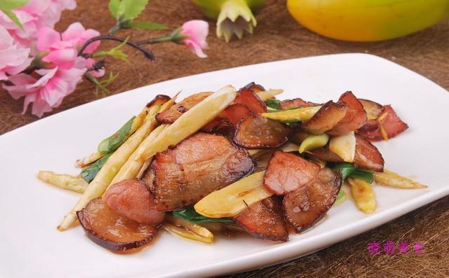 油焖笋、竹笋炒腊肉的简单做法春季吃笋正当时