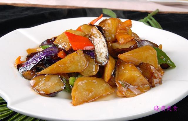 地三鲜、芹菜炒香干、红烧冬瓜的美味做法,简单易学
