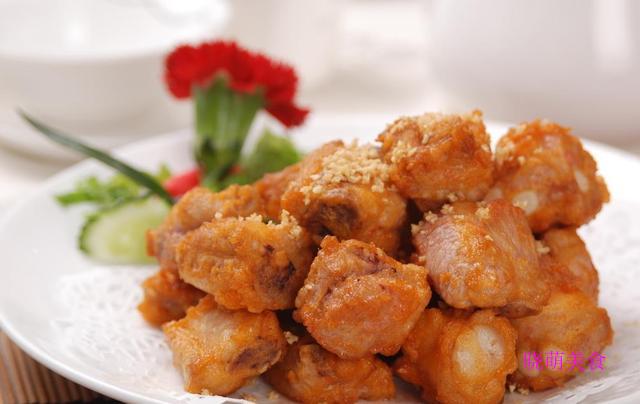 粉蒸排骨、白切鸡、糖醋里脊、椒盐排骨、蒜香排骨的做法