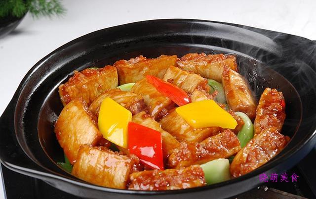 家常豆腐、油焖笋、酸辣土豆丝的家常做法,简单快捷