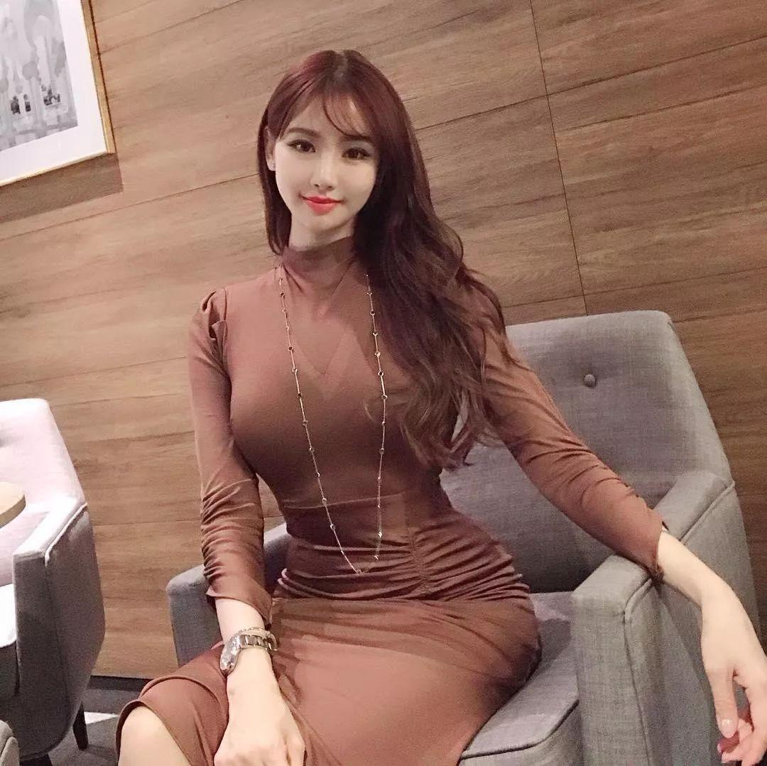 Mermaid Viviv- 韩国健身背心美女太撩人-宅男说
