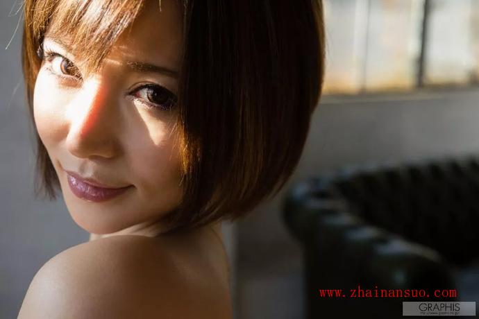 业界第一痴女里美尤利娅(小泉彩) 回归!