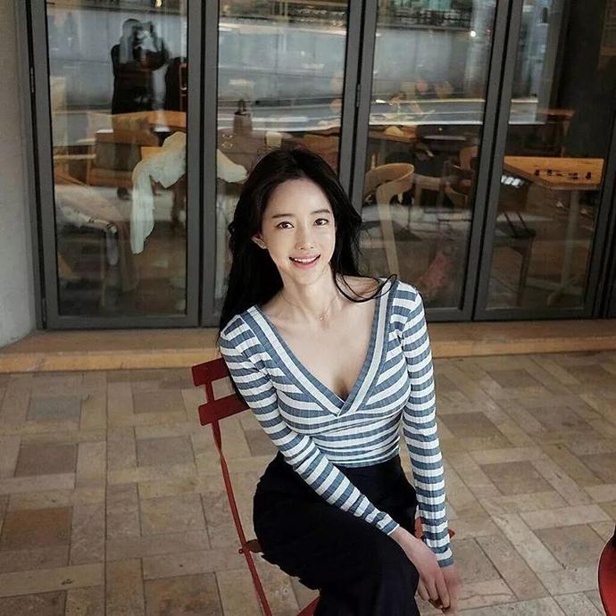 Ban Seo Jin- 韩国超正美腿模特儿-宅男说