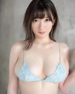 """筧ジュン(筧純)继承""""神乳""""称号的S1 新小姐姐~~-宅男说"""