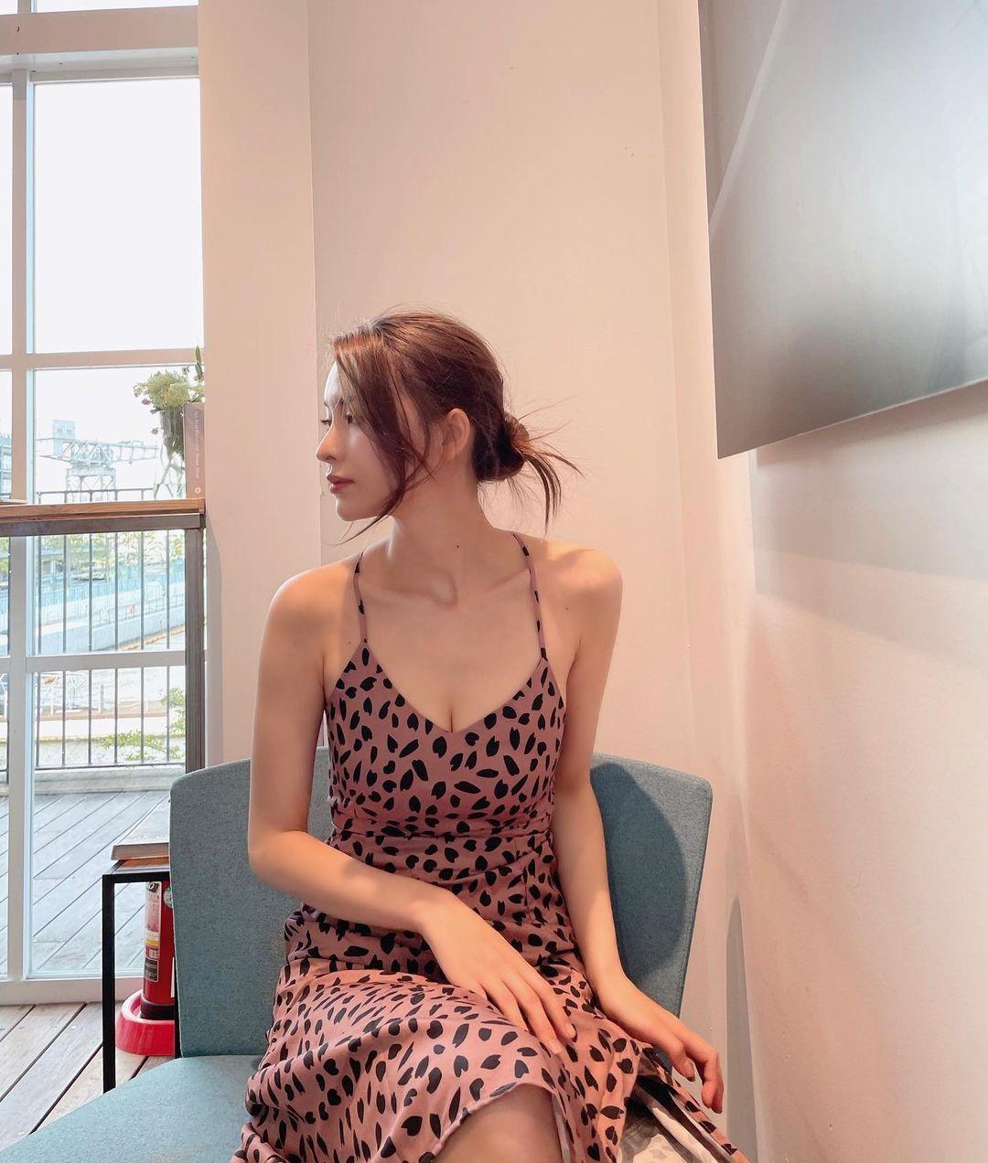 172cm高甜御姐「奈月赛纳」写真曝光! 辣翻