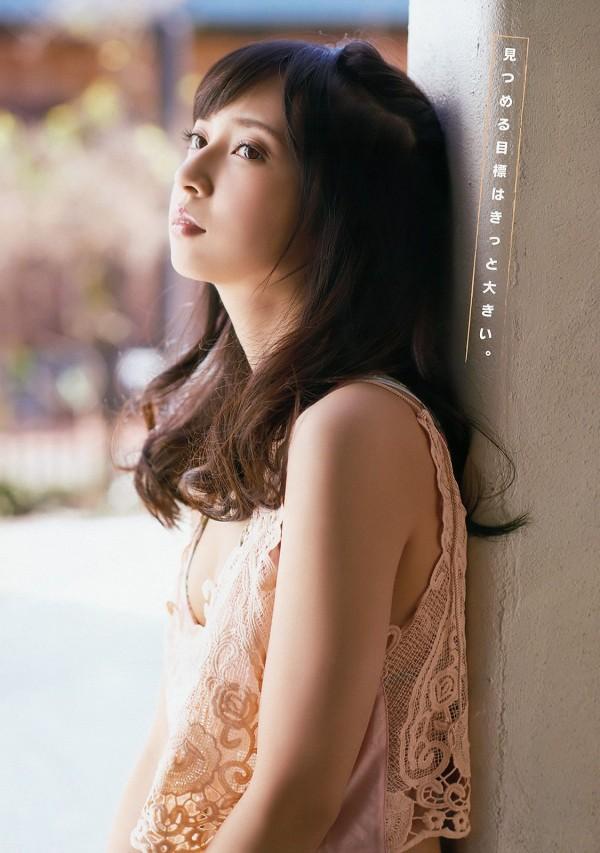 2.5次元偶像《LoveLive!》黑泽黛雅声优小宫有纱