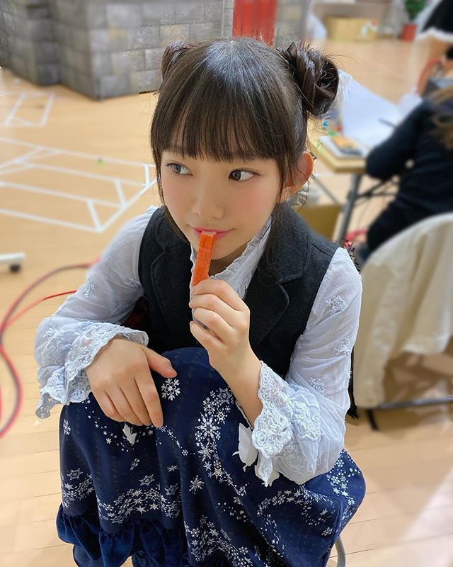 被称为童颜巨乳小萝莉的长泽茉里奈,防疫期间在家里也是性感全开插图(7)