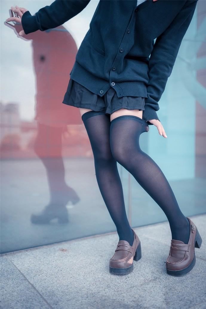 性感萝莉黑丝诱人 清纯丝袜