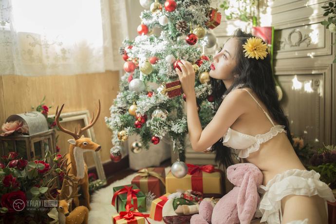 性感白丝萝莉 最好的圣诞礼物 中日妹子