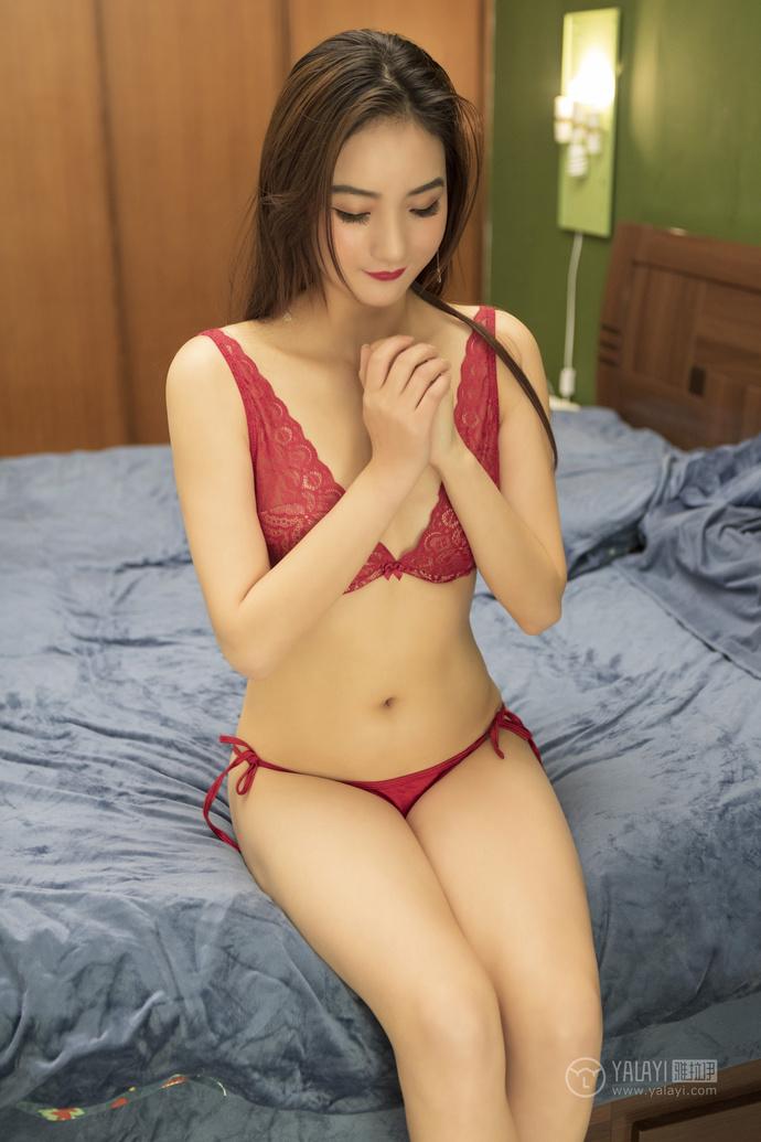 红色内衣的性感妹子 中日妹子