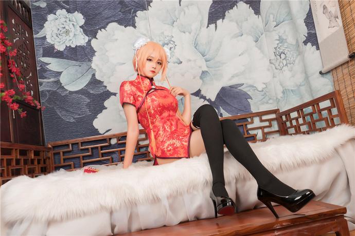 小萝莉的红色旗袍 清纯丝袜