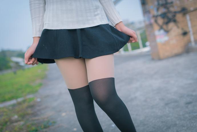 腿控们提前过年了! 清纯丝袜