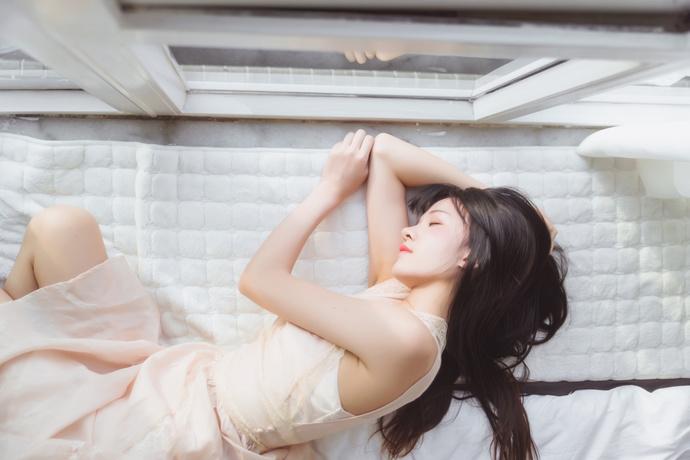 桜桃喵 024 长裙气质少女