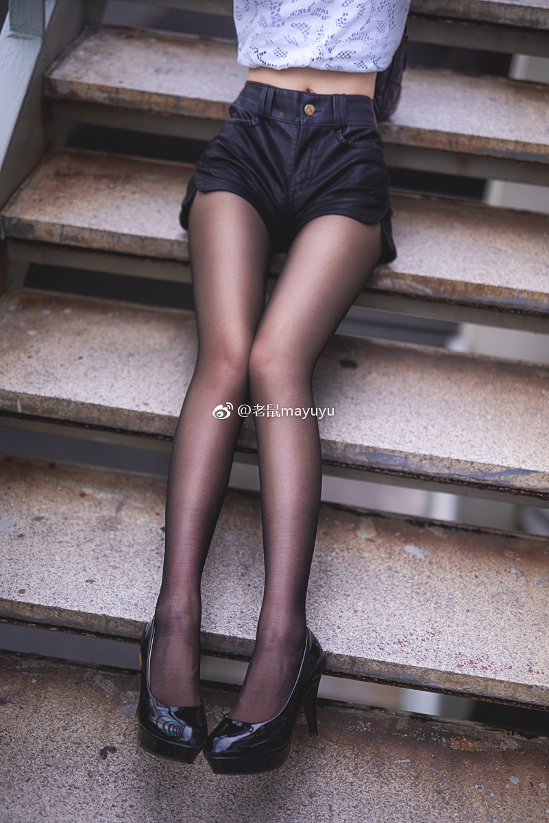 【微博妹子图每日推荐】微博动漫博主@老鼠mayuyu删照片是什么?肤白貌美身材好,超喜欢这种可爱的小学妹-四斋社