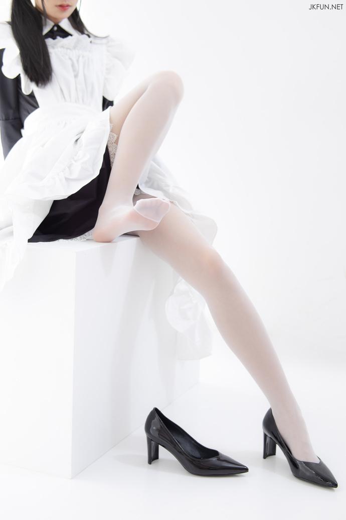 【JKFUN 少女】非常清纯可爱的白丝少女 腿控领域
