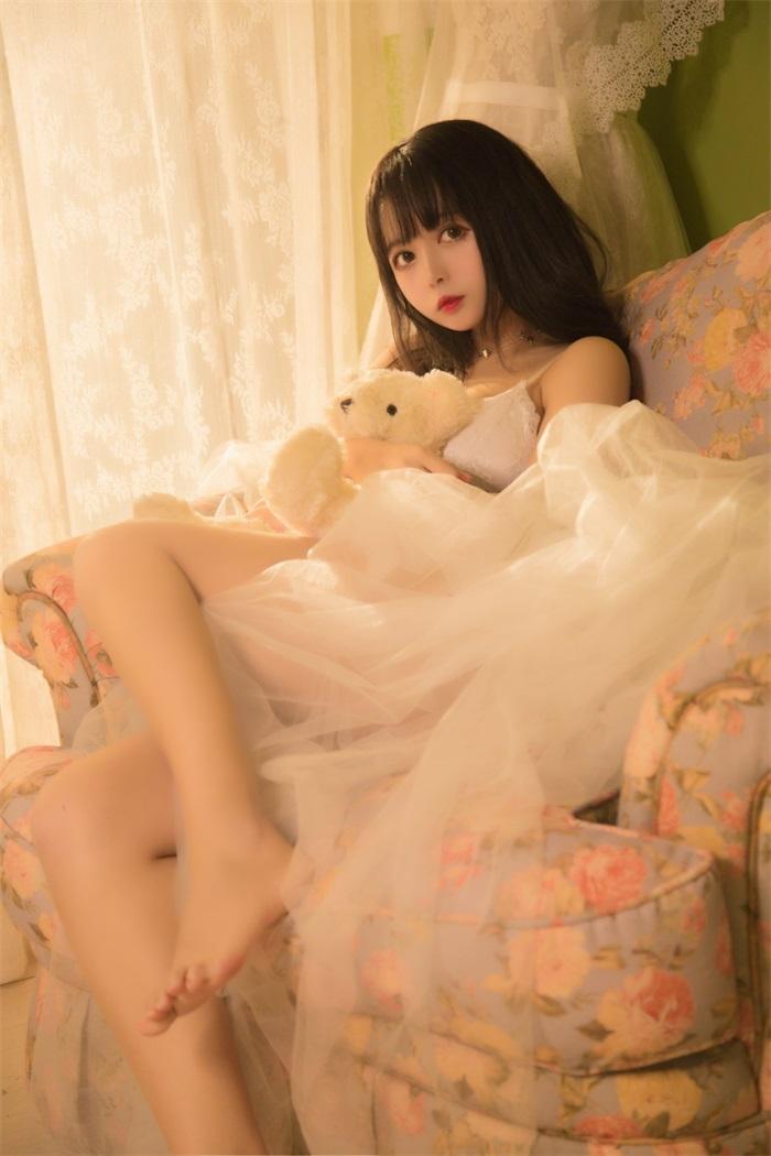 【图包下载】微博知名COSER妹子@黑猫OvO 可爱少女写真【26P/229M】