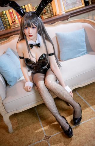 【四斋社妹子图】微博知名动漫COS妹子博主@星之迟迟 樱岛麻衣学姐的兔女郎