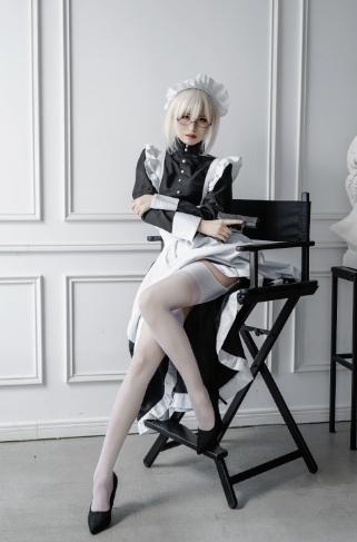 【四斋社妹子图】微博知名动漫COS博主@田璐璐 女仆的白色丝袜