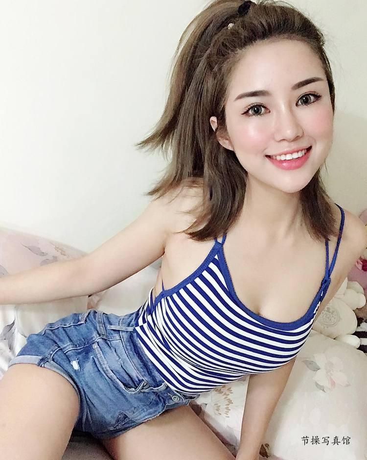 性感模特@黄米可Miko甜美笑容下的狂辣曲线惹人爱