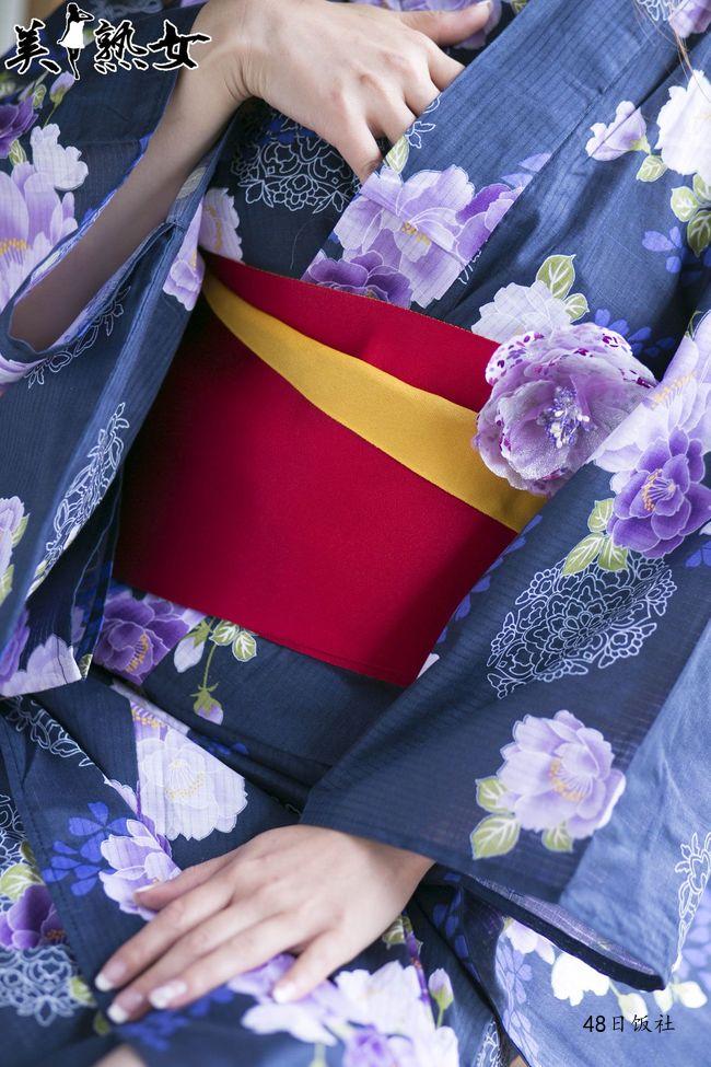瞳リョウ(瞳リョウ、ひとみりょう、Hitomi Ryo、出戻りババア)写真作品