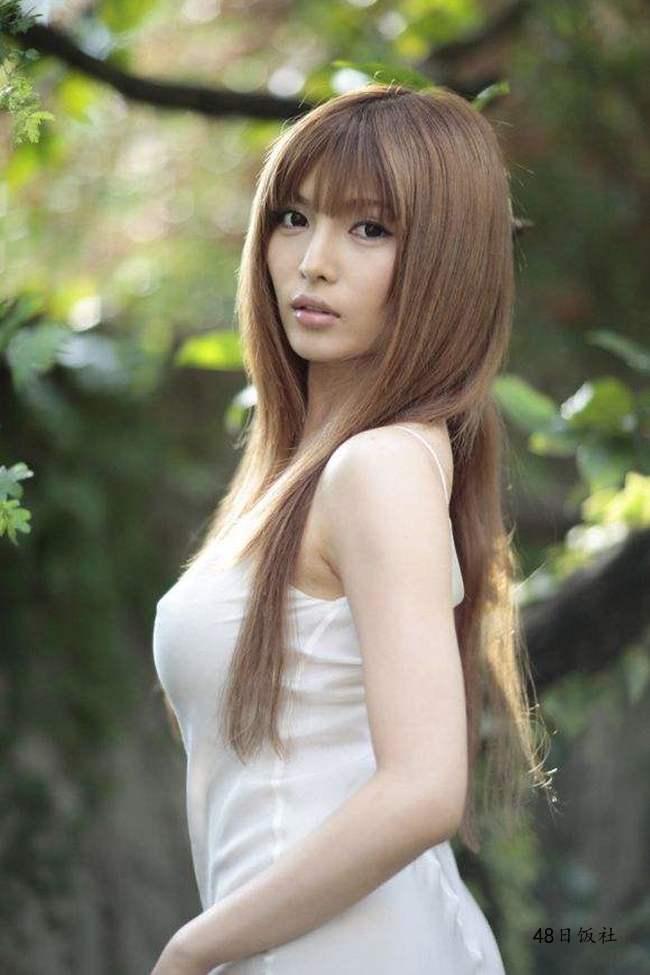 桐谷尤莉亚(桐谷ユリア)个人资料 写真作品