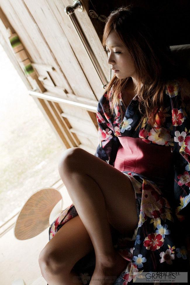 亚希菜(亜希菜、Akina Iwahashi)个人资料写真作品大全