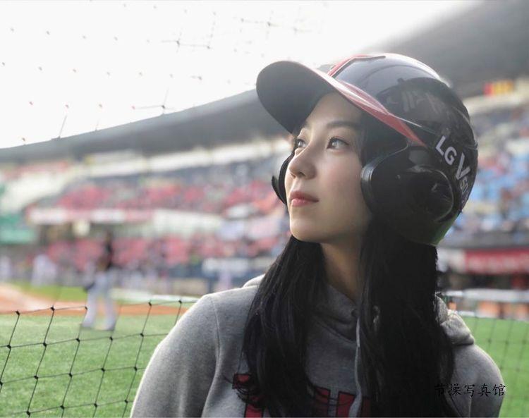 韩国美女이혜준写真图片,白皙雪肌+水润大眼让人秒醉就连摄影师也沦陷