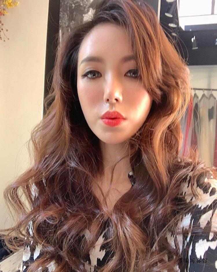 大胸妹Luna Chen滢滢写真图片衣着好火爆,白皙曼妙曲线超惹眼 节操写真馆 热图4