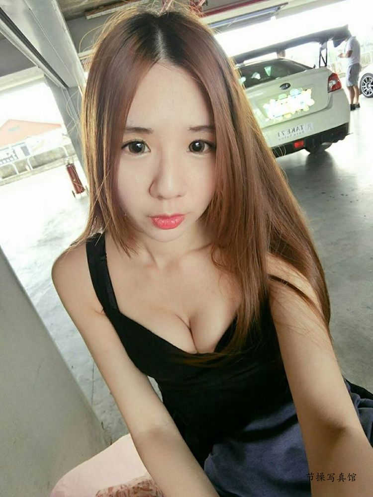 SG蒋摸摸写真图片,透视罩衫让内衣现形都被看光了