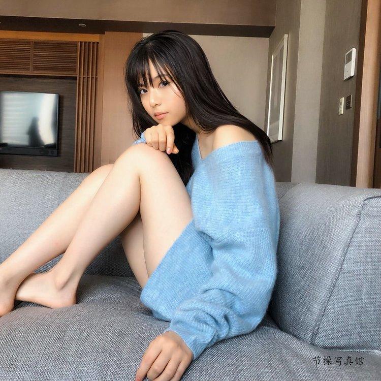 宅男女神斋藤飞鸟写真图片,四千年一遇的巴掌脸美少女