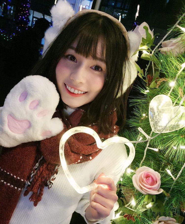 萌妹子@张纭齐写真图片,笑容甜到让人蛀牙比蒙娜丽莎还美啊