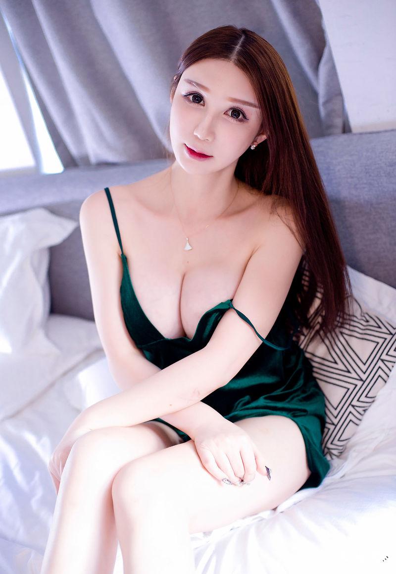 XiuRen湿吻女神「李宓儿」透视蕾丝裙高清图No.1440