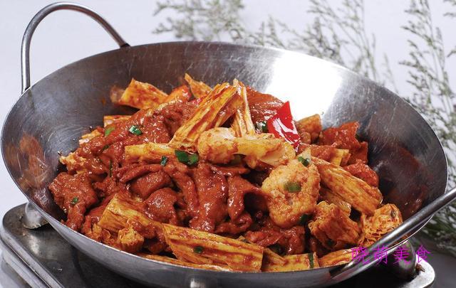 干锅鸡、干锅花菜、干锅牛肉和干锅羊肉的家常做法香辣美味好好吃