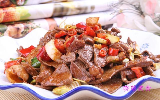 蒜爆肉片、爆炒鸡胗、爆炒猪肝、爆炒猪心的家常做法,好吃不贵