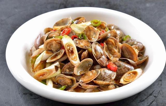 香辣土豆片、炒花甲、爆炒虾仁、炒鸡、爆炒龙虾的家常做法