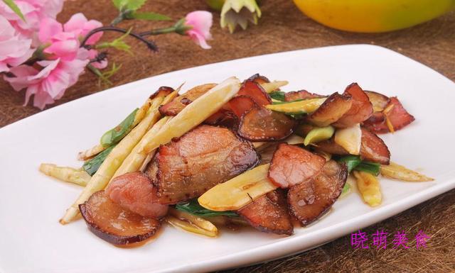 肉末茄子、红烧豆腐、炒牛肉、笋炒腊肉、熘肝尖的家常做法