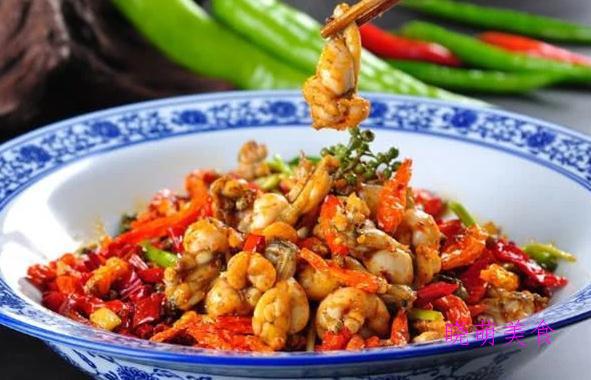 爆炒鱿鱼、香辣田鸡、牛肚、炒腊肉的简单做法,香辣好吃