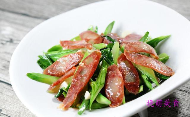 青椒炒腊肠、青椒炒腊肉、生爆五花肉、蒜苔炒腊肠的做法美味下饭